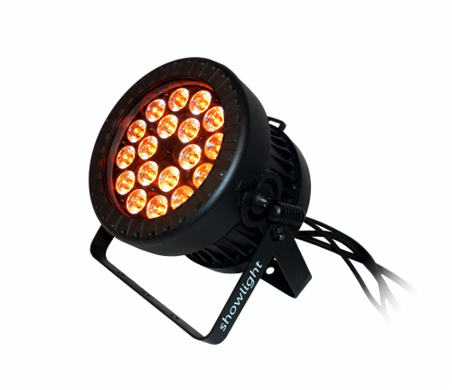 showlight - LumiWASH 18 RGBW CA IP65 - Powerful LED wash light suitable for outdoor use. Power and DMX cable tails with connectors. IP65.